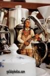 lustige Fotos zu  Männer, Großstadt-Indianer